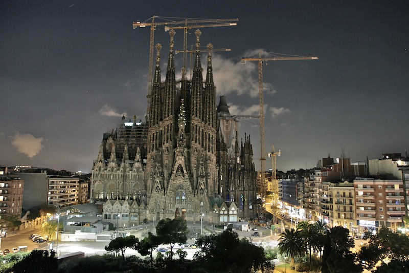 sagrada-familia-terrace-night-view2